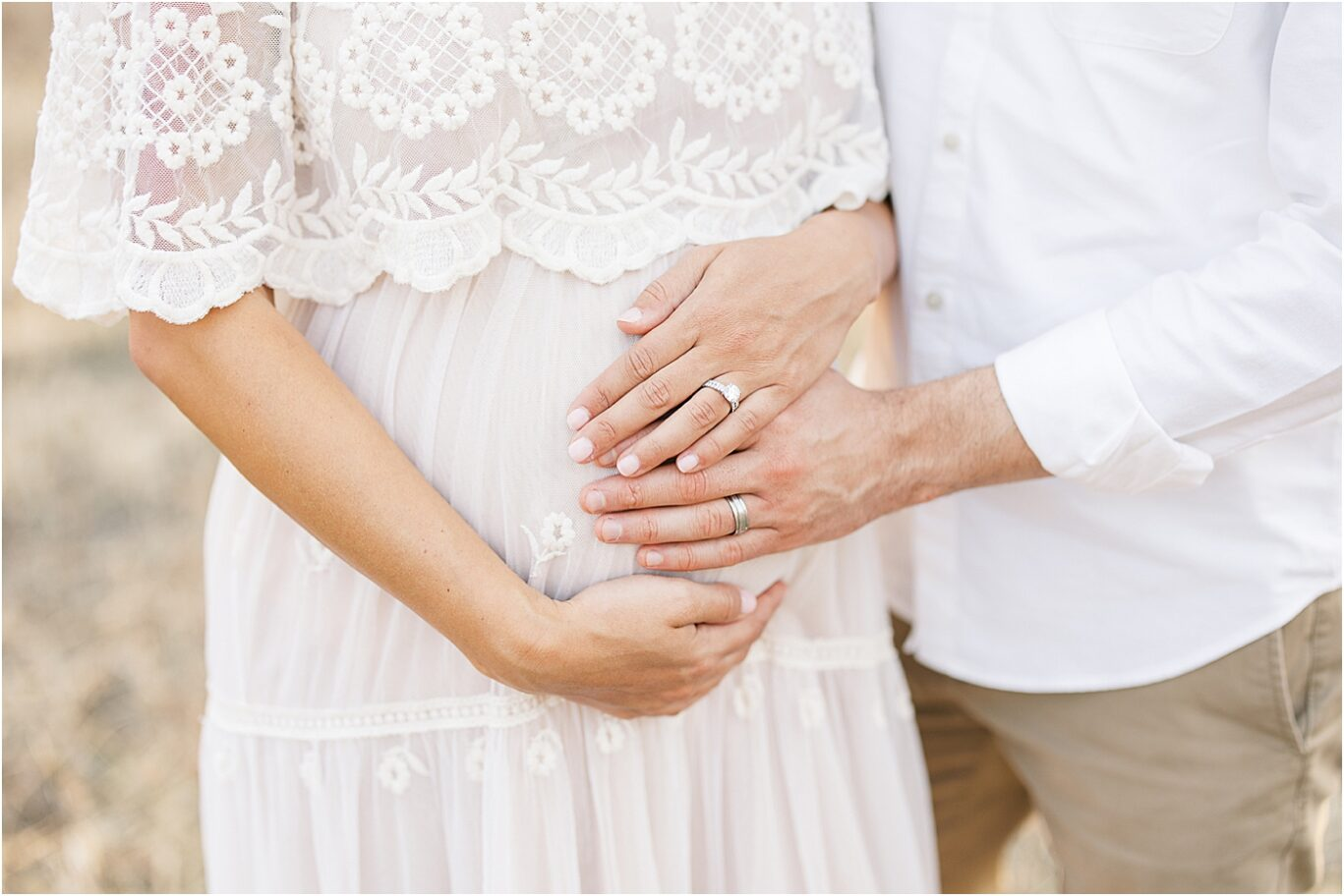 Maternity Session with Lindsay Konopa Photography in Fishers IN.