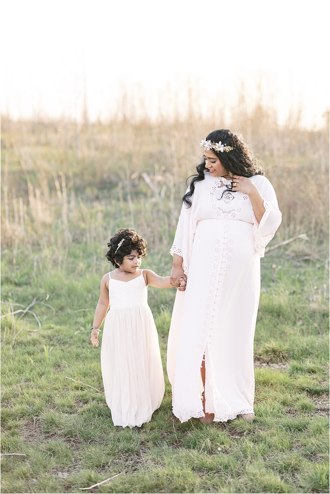 Mom and daughter spend their evening doing maternity photos with Lindsay Konopa Photography, a natural light photographer in Indy.