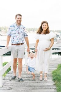 Maternity photoshoot with views of the Geist Reservoir. Photo by Lindsay Konopa Photography.